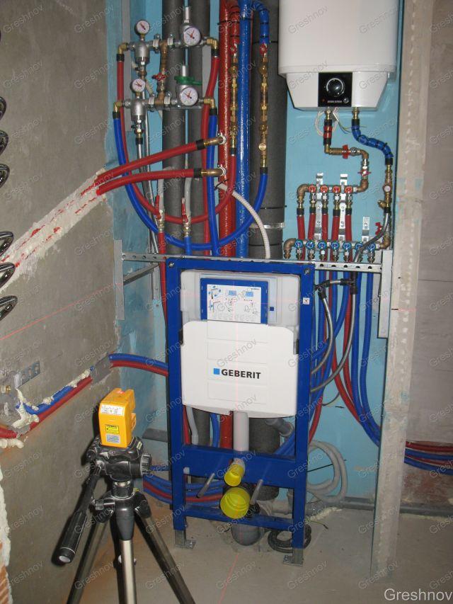 Монтаж водопровода и установка
